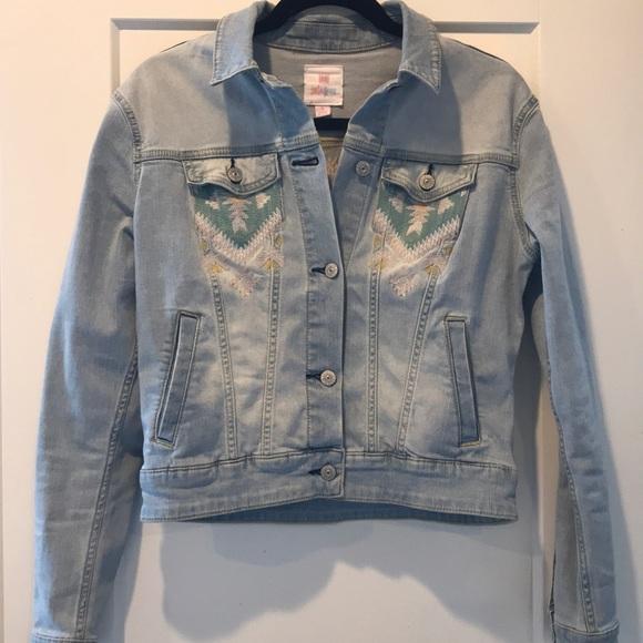cc1824175e1 LuLaRoe Jackets & Blazers - Lularoe Small Harvey Light Denim with stitching